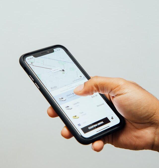 Få hjælp til at styre alle dine apparater direkte fra din telefon